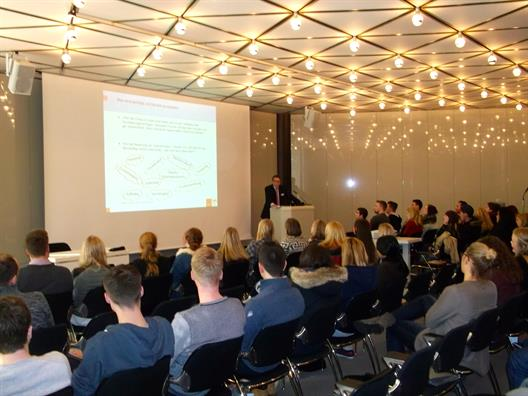 Messe Dusseldorf CEO Hans Werner Reinhard welcomed the students.
